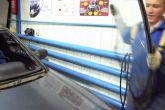 Демонтируем лобовое стекло автомобиля