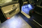 подсветка габаритов двери автомобиля