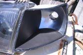 герметик на корпусе поворотников