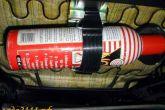 не надежное крепление огнетушителя под сиденьем