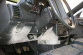 лопнувший огнетушитель в салоне ВАЗ 2110