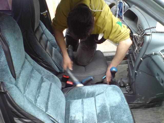Как почистить крышу в салоне автомобиля своими руками