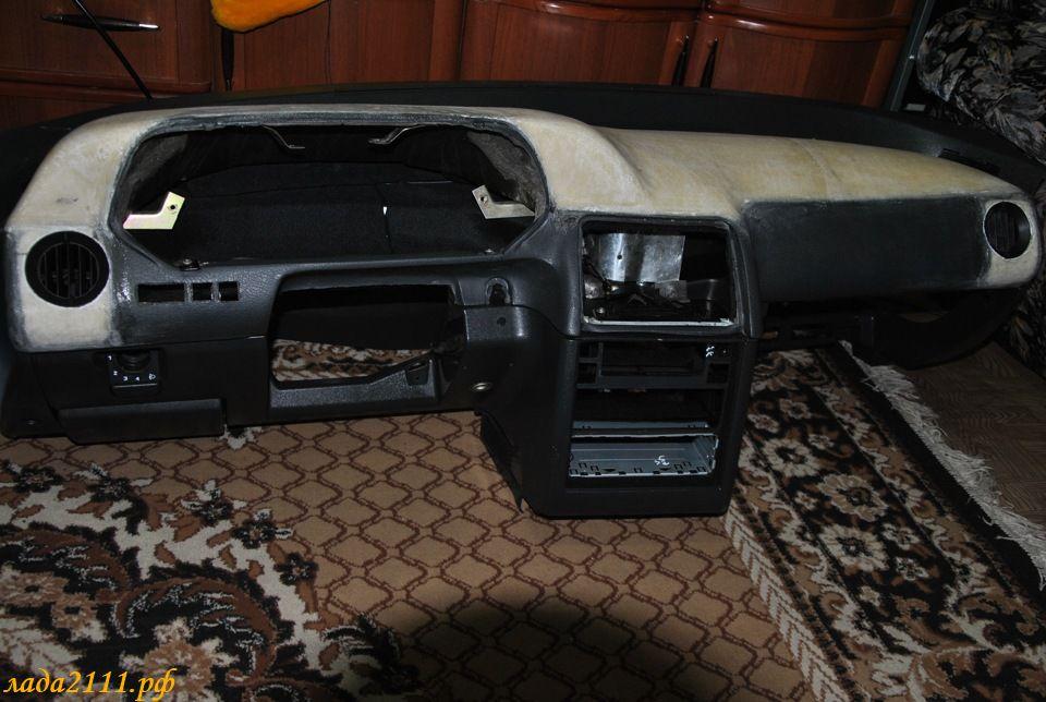 Фото №1 - тюнинг панели ВАЗ 2110 своими руками