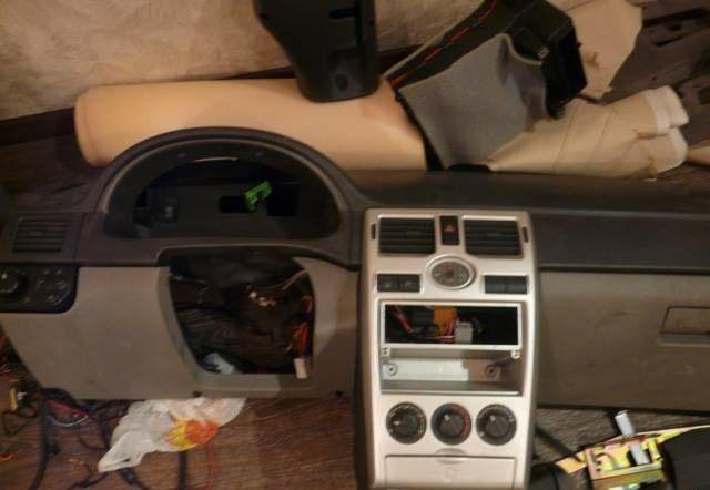 Фото №1 - панель приоры на ВАЗ 2110