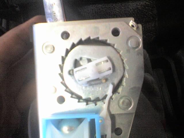 Фото №12 - ремонт ремня безопасности ВАЗ 2110