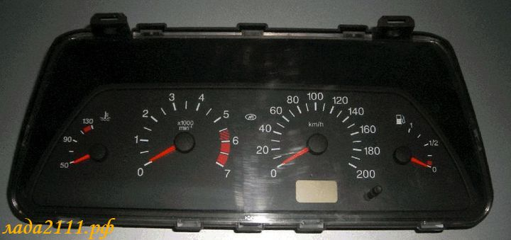 Панель приборов ВАЗ 2110-12