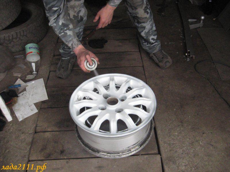 Чем покрасить литые диски своими руками видео