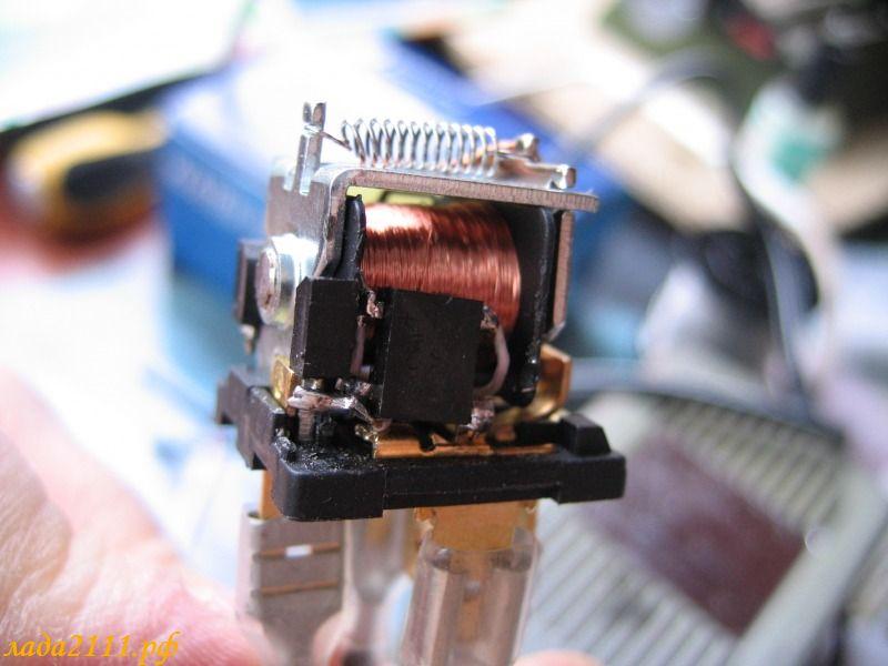 Автоматическое включение электрооборудования после запуска двигателя