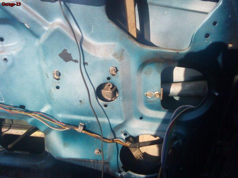 передней двери ВАЗ 2110