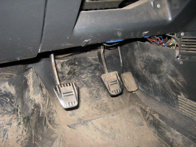 Фото №15 - ВАЗ 2110 электронная педаль газа