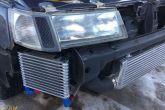 отверстия в поворотниках для охлаждения двигателя (воздухозаборник)
