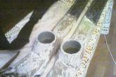 шпаклюем стойки с кусками труб
