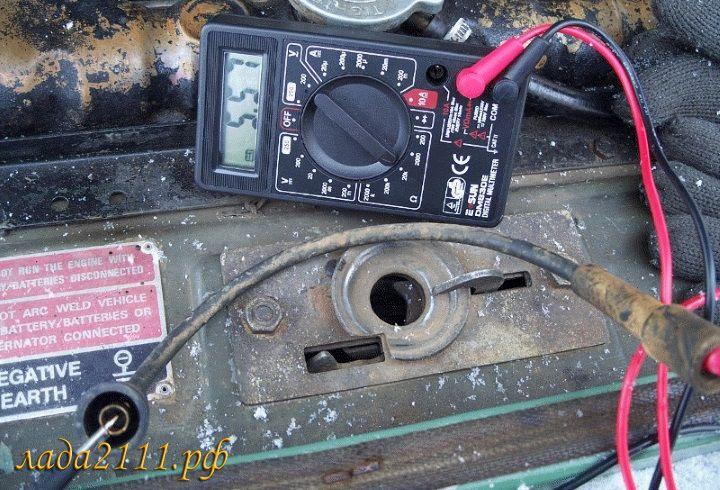 Проверка высоковольтных проводов зажигания мультиметром