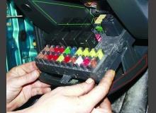 Устраняем скрип блока предохранителей ВАЗ 2110